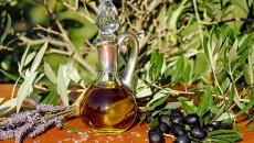 olive-oil-1596417_1920