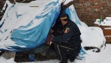 bezdomni w zimie, Radio Warszawa