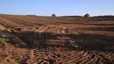 traktor ziemia