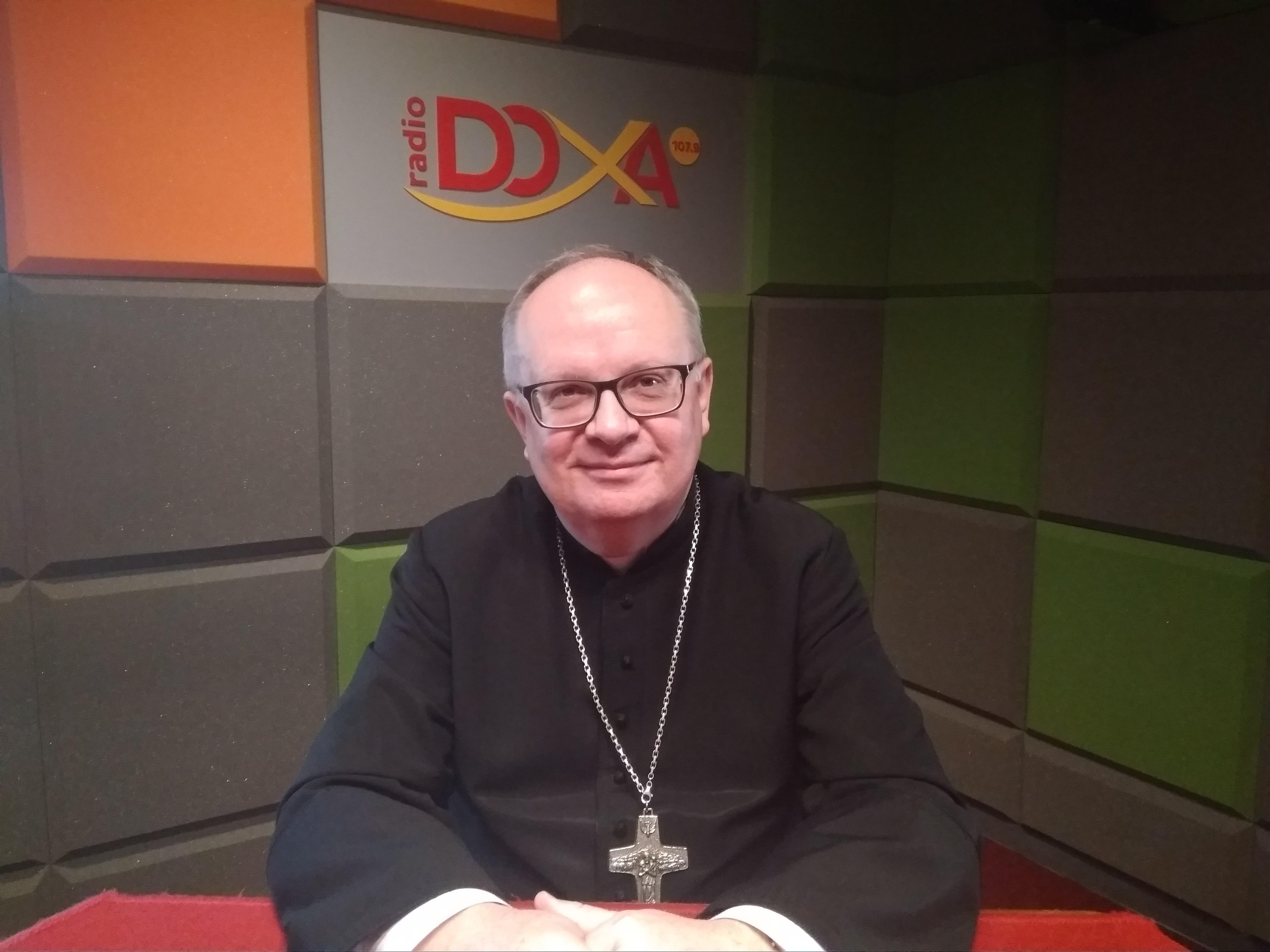 biskup_czaja