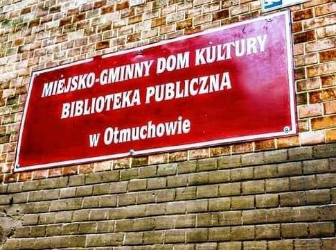 Otmuchów_biblioteka