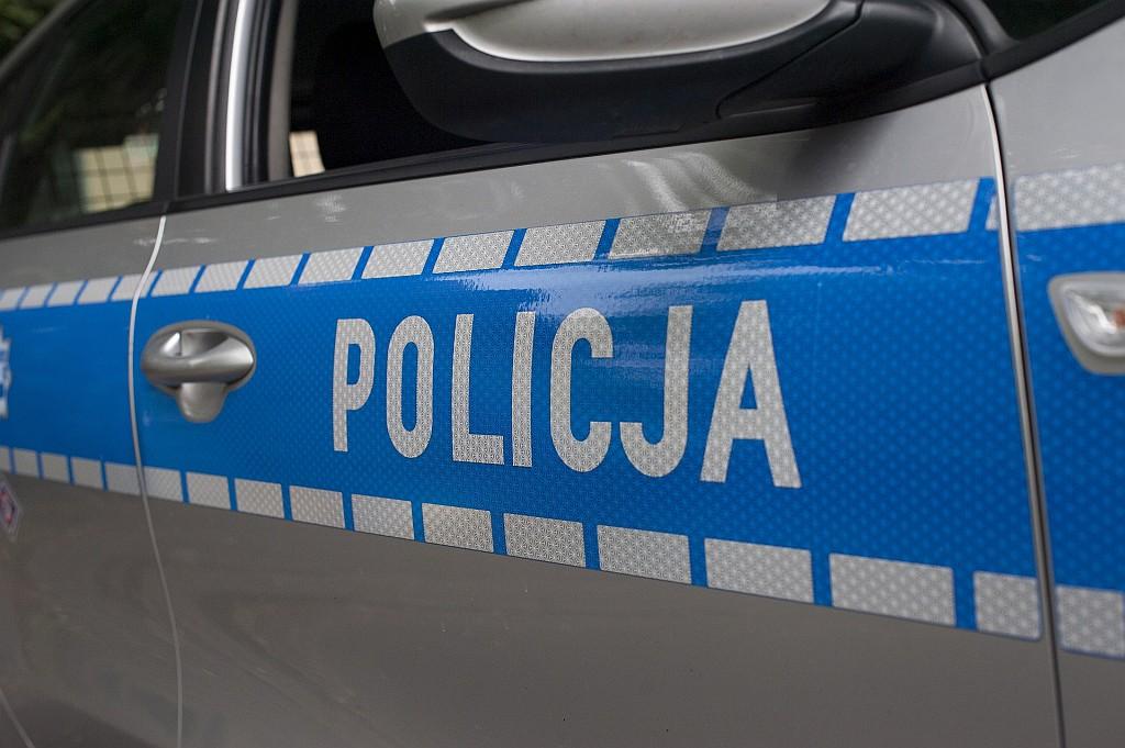 0811_NIETRZEZWY_POLICJA